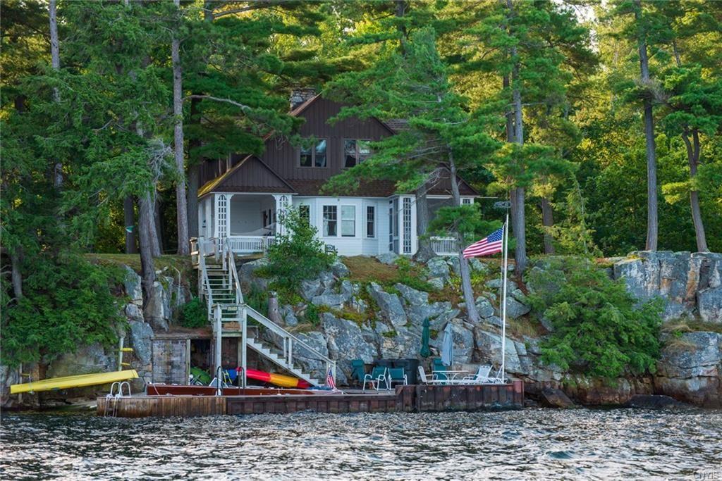 15457 Round Island, Clayton